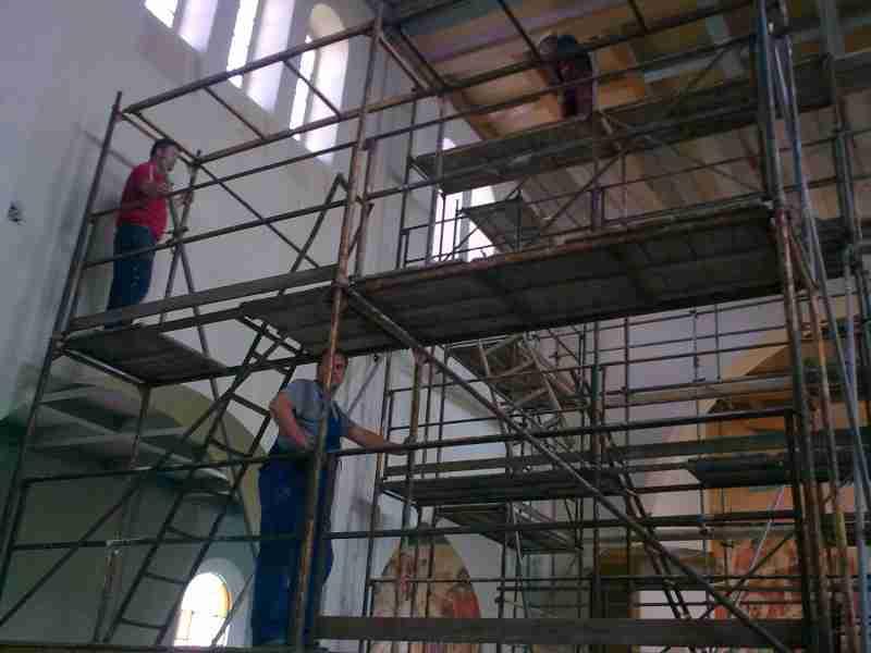 templomfelújítás 2010. április 14-én kezdődött