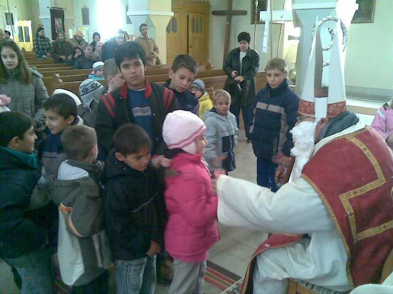 Mikulás ajándéka a gyerekeknek 2009