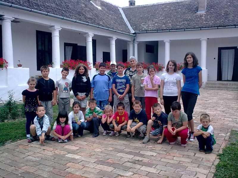 Hittantábor 2011. 07. 4-8. Decs, faluház