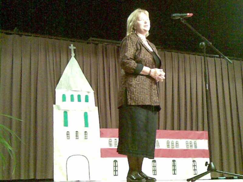 Faragó Laura a jótékonysági esten 2008. nov. 15.