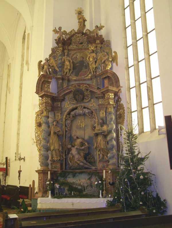 A Piéta oltár.